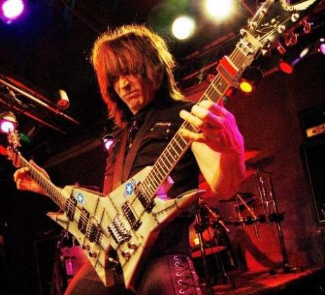My favorite guitarist :X and one of the best in the world :D