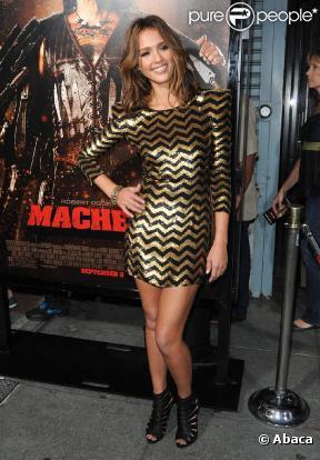 jessica alba lors de la premiere du film machete