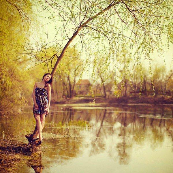 """""""Je ne veux plus d'amour. Je dis adieu à l'amour car c'est toi que je veux, personne d'autre. Pourquoi m'as-tu quittée ? Je croyais que tu m'aimais. Adieu au printemps, et tout ce qu'il signifie. Il ne ramènera jamais ce qui était car c'est toi que je veux, personne d'autre. Et donc je ne veux plus d'amour, je ne veux plus, non, je ne veux plus d'amour..."""""""