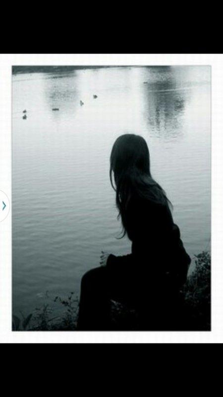 ☆ Quand le passer refait surface,  parfois le présent n'es pas assait solide pour  en faire face. ☆