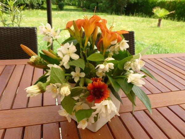 couper un peu de fleurs du jardin