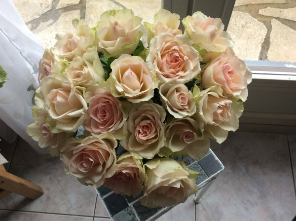 Mon bouquet de PRINTEMPS ROSES ROSE