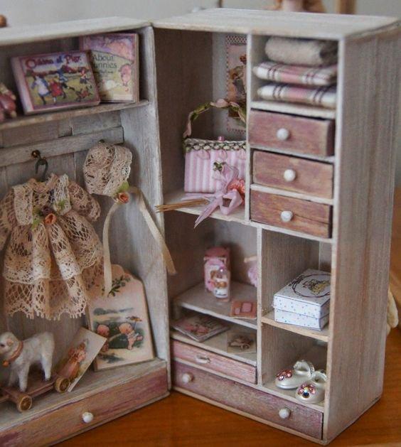 Actuellement .´j'ai découvert de jolies blogs de collectionneuses de poupées ..Et il en a beaucoup.
