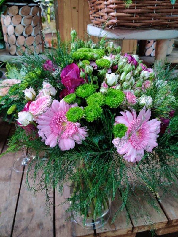 Commençons la semaine avec des jolies compositions   Florale .