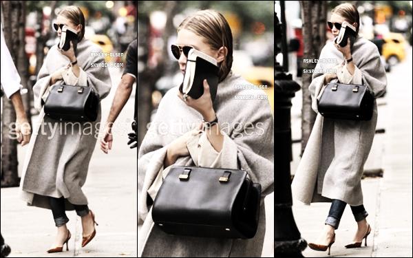 13/10/11 : Miss Ashley a été vu quittant, encore une fois, son hôtel à New York.