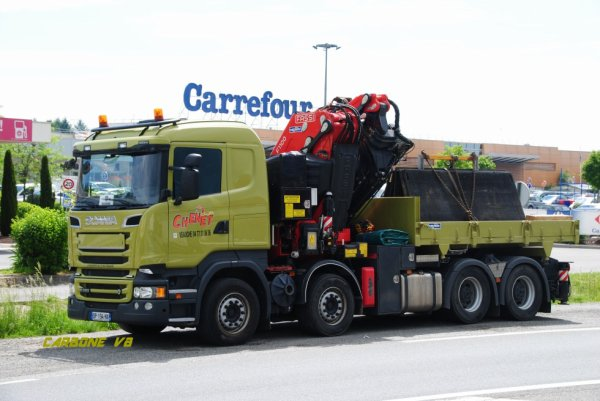 Transport Chenet. Photo prise à Feurs. Mai 2017. Scania R520.