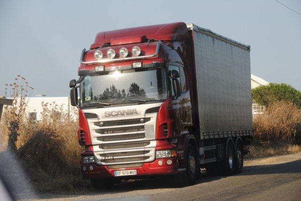 Un Scania opérant dans la région de Bastia. Juillet 2016.