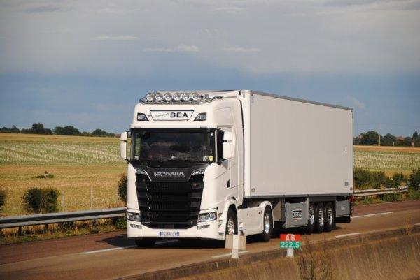Transport BEA avec un nouveau Scania S.