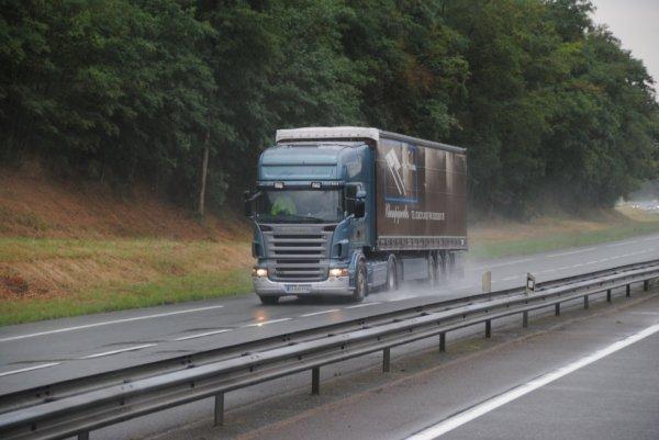 Transport Alain Foulon sur les routes Orléanaises.