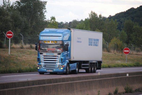 Transport Van Roey.