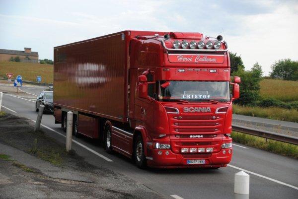 Transport Frigorifique Hervé Cailleaux sur les routes de l'Allier.