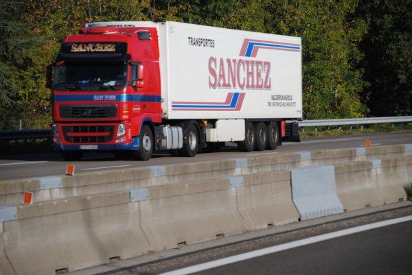 Transport Sanchez sur l'A7.