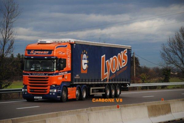 Transport Lyons.