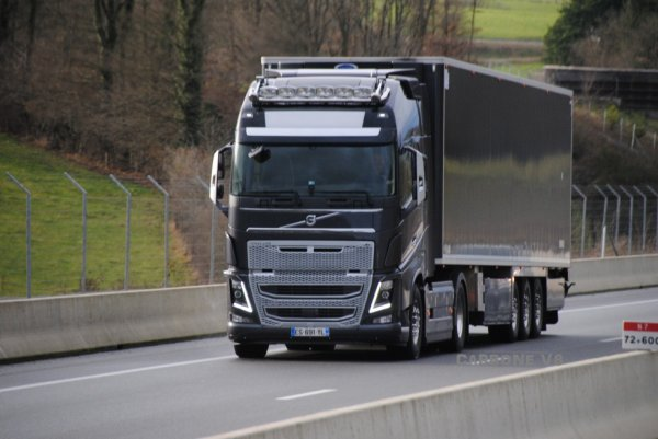 Transport Daniel Bolze. Volvo FH16-750.