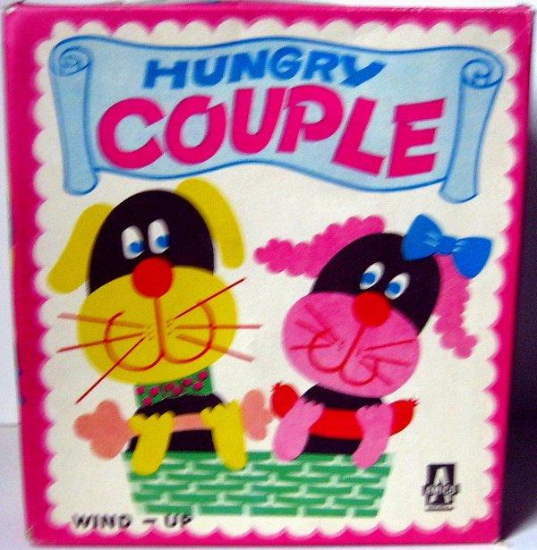 """AUTOMATE MECANIQUE MADE IN JAPAN - AMICO """" HUMGRY COUPLE """" """" COUPLE DE CHIEN UN QUI MANGE """""""