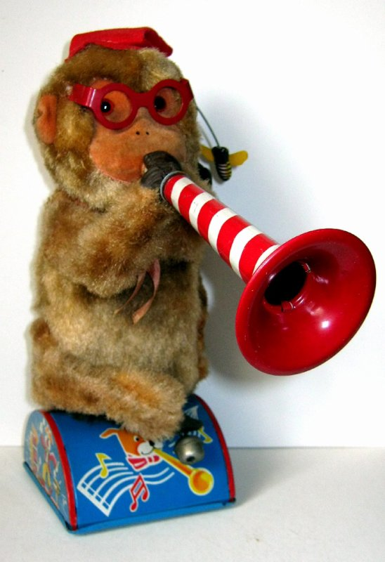 "AUTOMATE A BATTERIE MADE IN JAPAN - ALPS "" TRUMPET PLAYING MONKEY "" "" SINGE QUI JOUE DE LA TROMPETTE "" VOIR VIDEO JOINTE"