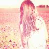 Certains souvenirs font mal, et d'autres nous donne le bonheur. Malgrès tout, il faut savoir continuer et avancer sans regarder en arrière..