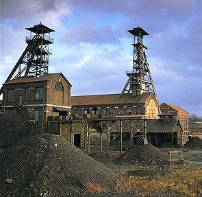 une belle photo de fosse d'aremberg wallers dans le nord
