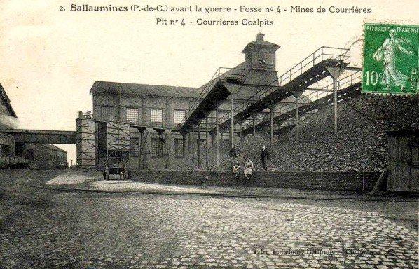 une ançiènne carte postale de fosse n°4 de sallaumines des mines de courrières