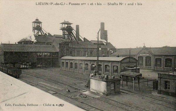 une ançiènne photo de fosse1est1bis de lièvin des mines de lièvin