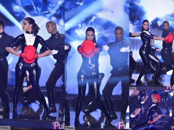 16 Février: Diffusion de Champs Elysées sur France 2 où elle a chanté Je te mentirai avec Patrick Bruel, son single Et si et une danse sur une chanson des Beatles ♥