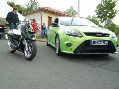 le rocket a coter dune ford rs au meeting de naucelle