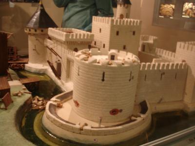 maquette du chateau fort assiege buzenol. Black Bedroom Furniture Sets. Home Design Ideas