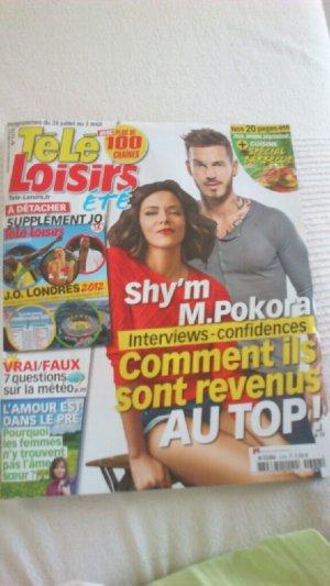 Couverture de magazine + Tweets