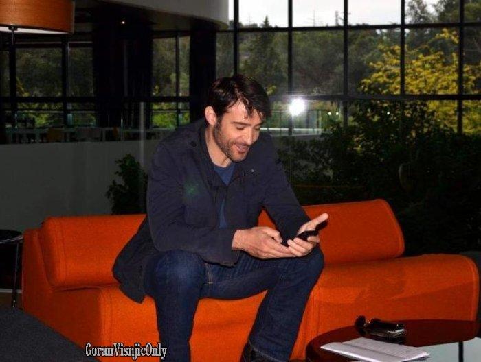 Goran ,d'autres photos durant le tournage de Crossing Lines