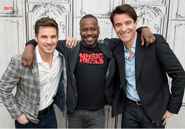 comic con photos à New York pour Timeless autres #1