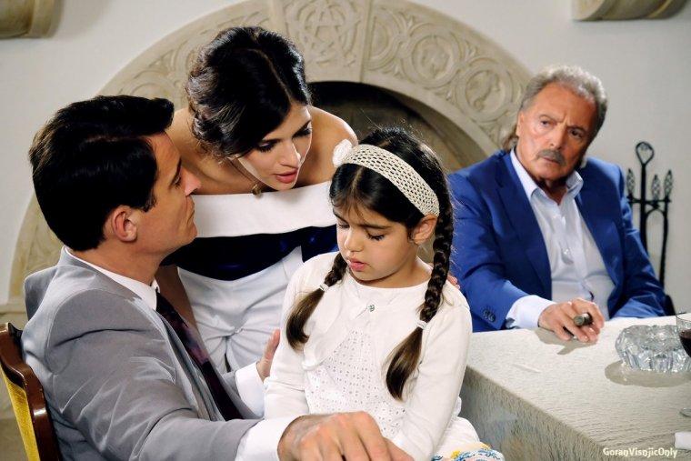 Film General scène sur la famille