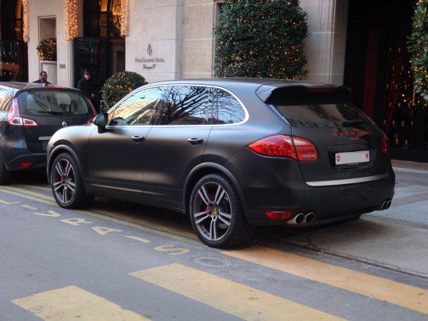 Porsche Cayenne A Vendre >> Porsche Cayenne Turbo 2012 Voitureinstreet