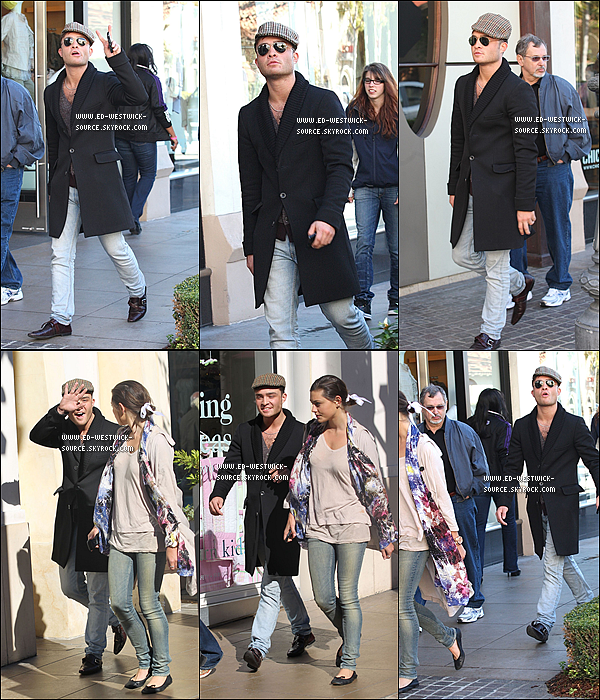.  20/02/11 : Ed  et l'actrice Phoebe Tonkin se rendant au centre commercial The Grove à Los Angeles..