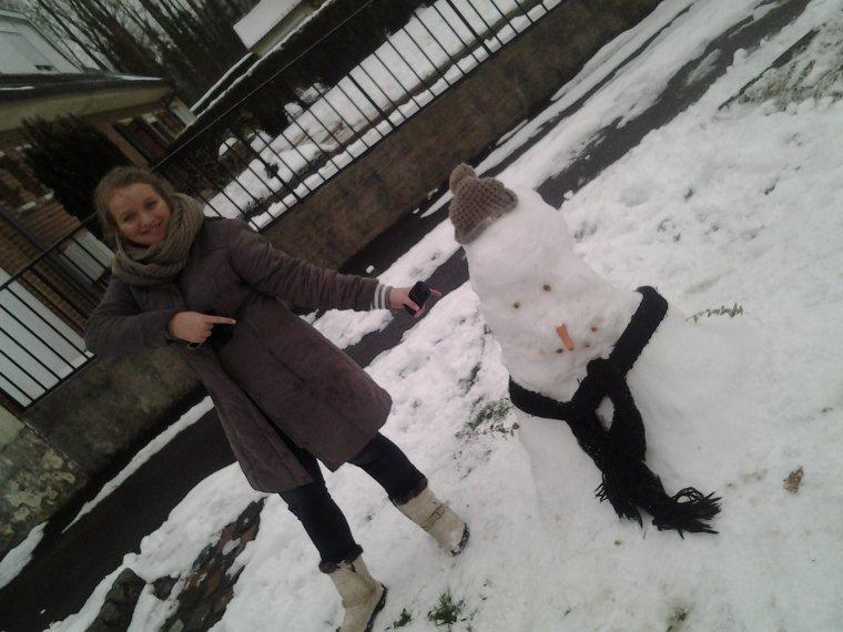 -  Moi et unes super amie on a fait des bonhommes de neige 23.01.13 :D ♡ -