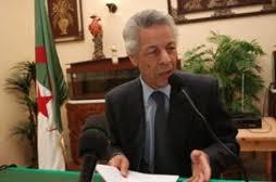 Un comité de soutien à la candidature de Mouloud Hamrouche