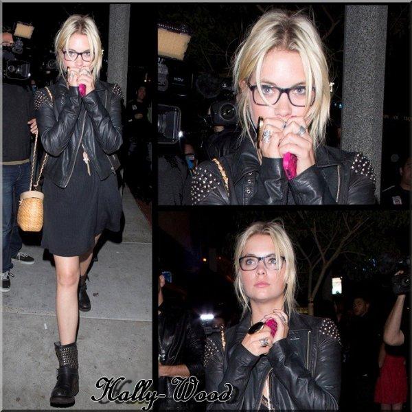 Ashley Benson ( Pretty Little Liars ) : Aperçut vendredi dernier à Los Angeles , Accompagné par le styliste Ryan Good .