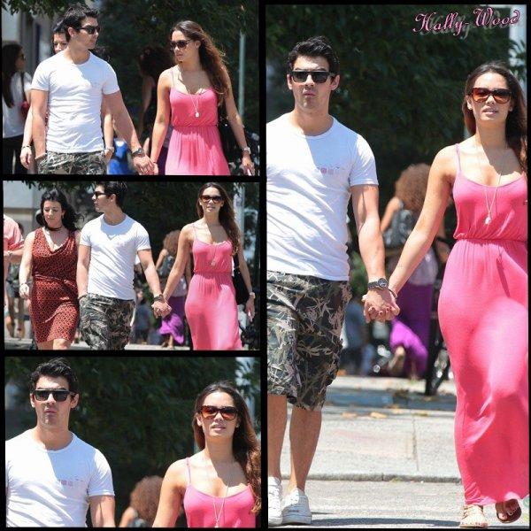 Joe Jonas apperçut dans les rues de New-York avec sa petite amie Natashia Ho.