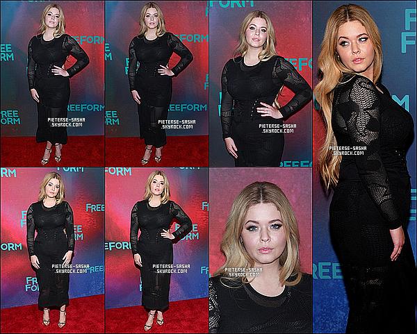 20 / 04 / 17 :Sasha & le cast de PLL ont été à l'événement deFreeform Upfronts à New York. Sashatoute contente, a été très belle avec sa robe noir. Je trouve qu'elle a de belle formes et sa coupe lui va très bien ! Au top.