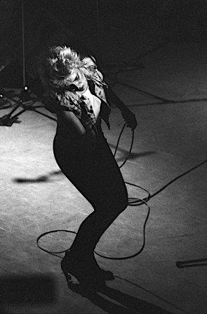 8 novembre 1982: Debut tour