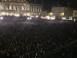 Nous somme Charlie Hebdo ! Et Nous soutenons Charlie Hebdo !