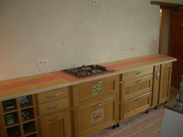 pose faience sur plan de travail cuisine amenagee renovation en tout genre. Black Bedroom Furniture Sets. Home Design Ideas