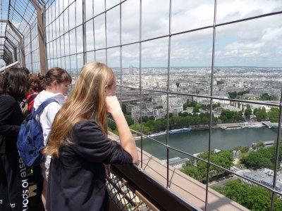 Paris ! C'est super magnifique ! :)
