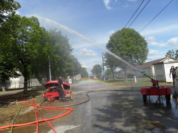 expo    pompier   a   la   valbonne  11 . 12  juin 2011