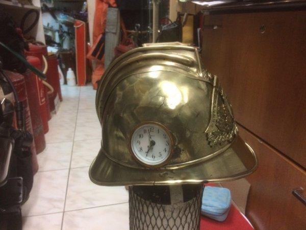 Caque pompiers de Paris offert au départ retraite