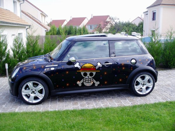 Mini Austin cooper One Piece Mugiwara
