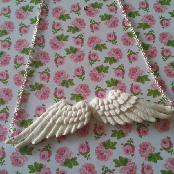 Collier ailes d'ange !