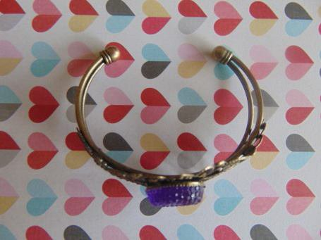 Bracelet bronze et pierre violette en résine !