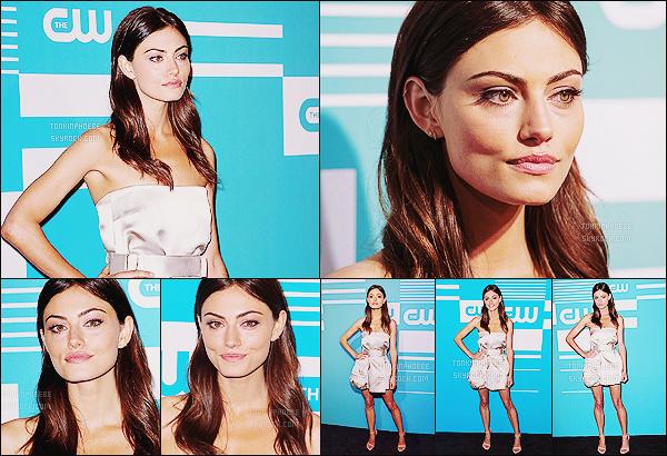 • Apparition publique - 14/05/2015 : Phoebe s'est rendue aux CW Network's Upfront qui ont eu lieu à New York. Comme chaque année, la chaine CW donne une soirée dans laquelle toutes les stars des différentes séries proposées sont présentes.