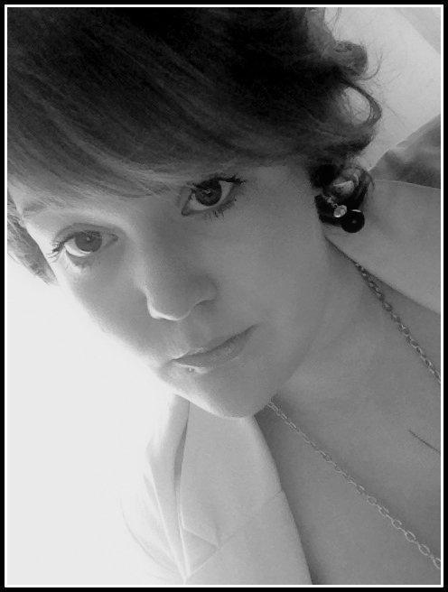 . '_Aяticle N°1_' : Présentation .. Lucile'G - 18ans. Pâtissière. : EN COUPLE ; Amoureuse & Heureuse, Simon'c ♥