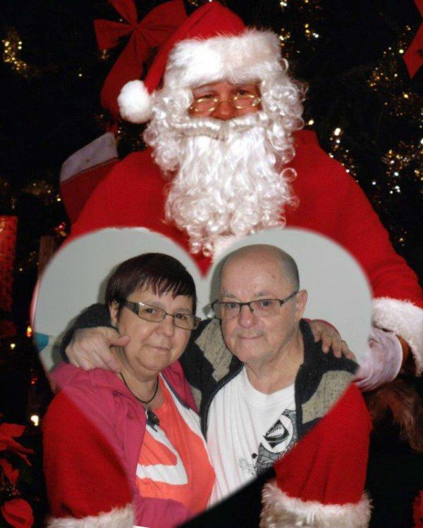bonsoir a toi mon amie sylvie166 et mercie pour ce magnifique cadeau je te souhaite un joyeux noel parce que mon blog sera en pause pendant une dixaines de jours a partir du 17 décembre car ont sera dans notre nouveau logement je te souhaite un bon vendredi ainsi qu'un bon week-end gros bisous du coeur